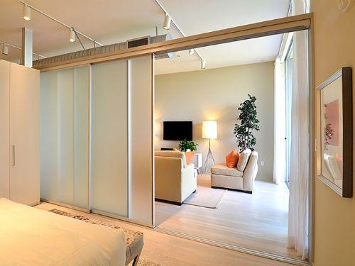 Hình minh họa: Vách ngăn nhôm kính phòng ngủ